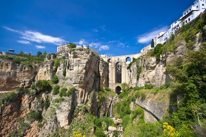 Winery Tour with Tapas and Visit to Ronda 6
