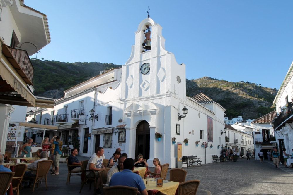 Private Walking Tour to Mijas 5