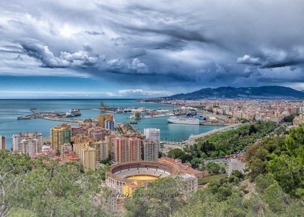 Why is Malaga a great destination for your next vacation? 1